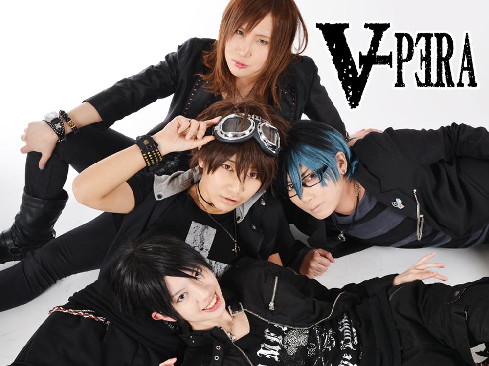 男装パフォーマンスユニット「Vipera」